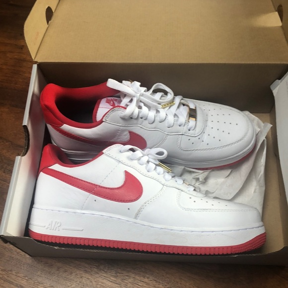 Air Force 1 Shoes. Nike FI